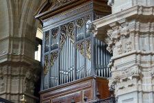 Órgano-Cavaillé-Coll1863-de-la-Basílica-de-Santa-María-del-Coro-de-Donostia-San-Sebastián.-Foto-Pablo-Cepeda--225x300